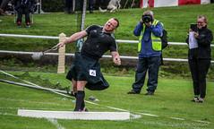 Heavyweight Weight Thrower (FotoFling Scotland) Tags: bute butehighlandgames event rothesay backhold heavyweightcompetition highlandgames isleofbute kilt weightfordistance