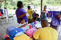 Resourceful_Communities_Sandhills_Heritage_Family_Association_2016_NC_(c)_Olivia_Jackson_25 (Resourceful Communities) Tags: children class dentistry discussion education farm food fresh fruit groups learning local market northcarolina organic outdoors produce programs sandhills springlake summer volunteers youth