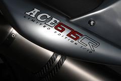 2012-Triumph-StreetTriple-Ace675CRSpecialc