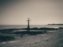 Sammy (#EFY) Tags: sammy saint nazaire beach war france french statue lg g3 lgg3