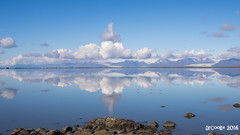 Espejo Hfn (P8062143_16x9_1280) (dr_cooke) Tags: islandia iceland hfn stokksnes lagoon mar cristal espejo mirror clouds nubes seaguls birds pjaros gaviotas mountains montaas cliffs rocks rocas