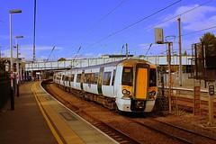 UP Fast at St Albans (Chris Baines) Tags: thameslink class 387 emu platform 3 st albans up fast line bedford three bridges service