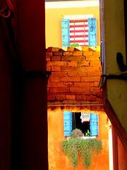 Colourful Burano, windows (Nada BN) Tags: burano lagunadivenezia italy