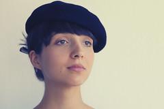 Julia (comadreja) Tags: julia portrait girl beret nikond70s afdnikkor50mmf14