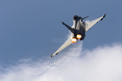 RAF Typhoon FGR.4 ZK354 at Southport Airshow (NDSD) Tags: raf typhoon eurofighter display southport air force jet low uk flying bae systems airshow raindbow fluff vapour pulling pull energy power