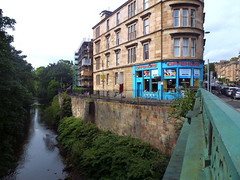Offshore beside River Kelvin Eldon st bridge (dddoc1965) Tags: dddoc davidcameronpaisleyphotographer september 23rd 2016 kenny ried glasgow buildings parks shop fronts fountain polish people churches mosque water