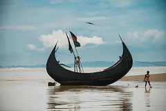 IMG_2316 (Babu's Click) Tags:  sampanboat beach coxsbazar