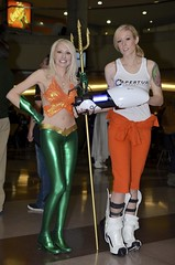 Rule 63 Aquaman and Shell (edwick) Tags: dc cosplay shell videogame portal aquaman crossplay nycc newyorkcomiccon likeyoucarewhoshesdressedupas rule63 nycc2012 newyorkcomiccon2012