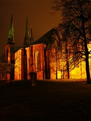 Lbeck Cathedral (Matthias Harbers) Tags: church night photoshop canon germany deutschland evening cathedral dom kirche powershot illuminated labs dxo lbeck topaz g11 angestrahlt lbeckerdom lbeckcathedral domzulbeck eswigholstein