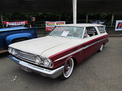 64 fairlane 2-door hardtop 'custom' wagon (bballchico) Tags: ford hardtop custom 1964 stationwagon goodguys 2door fairlan photobballchico2012 goodguyspacificnwnationals