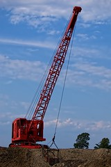 2012-09-13 Koehring (jcurtis4082) Tags: summer orange rain bucket crane olympus boom oh 50200mm bowlinggreen 2012 e5 304 dragline hcea koehring