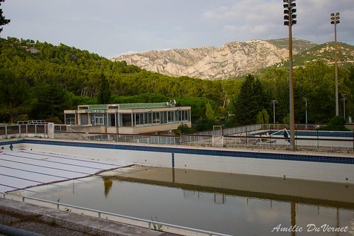 "La piscine dans la garrigue • <a style=""font-size:0.8em;"" href=""http://www.flickr.com/photos/60395175@N00/8103511638/"" target=""_blank"">View on Flickr</a>"