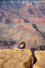Inconsciente (Picardo2009) Tags: park parque arizona people usa mountains gente grandcanyon stupid montaas unaware gracioso parquenacional grandcanyonnationalpark estupido icapture inconsciente grancaon flickrtravelaward canyoncaon