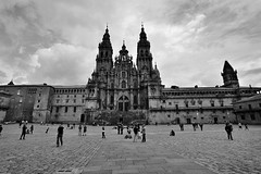 Santiago de Compostela (Joo P Ferreira) Tags: santiago espaa de spain nikon espanha galicia galiza compostela f28 1735mm d700