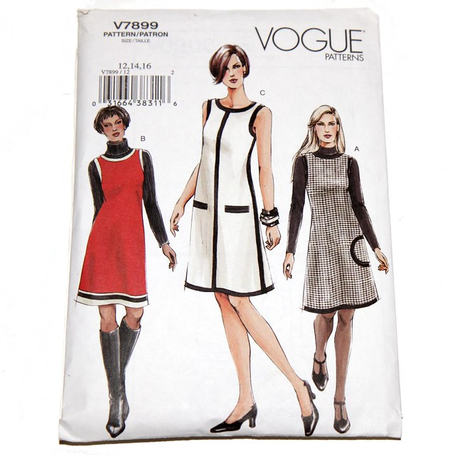 Vogue vintage sewing pattern V7899 – dress and jumper – size 12,14,16