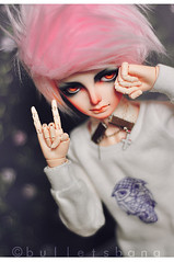 Rock & Roll, ( sugaredmuffin (aka. bulletsbanq)) Tags: hands doll song wig bjd rs malice msd jointed spite dollzone resinsoul resinsoulsong