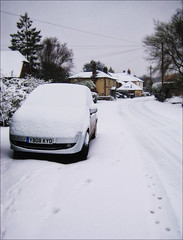Snow at Stedham (Robots are Stupid) Tags: uk winter england house snow car weather rural canon sussex westsussex britain snowy cottage snowstorm january ixus gb pointandshoot blizzard southdowns englishcountryside extremeweather midhurst wintry pocketcamera englishvillage stedham ruralengland ruralvillage snowyweather snowcoveredcar ruralsussex ixus70 canonixus70 canondigitalixus70 ruralbritain sussexvillage sussexcountryside southdownsnationalpark daviddalley davidjdalley stedhamwithiping thestreetstedham