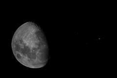 Conjunción Luna y Júpiter (José M. Arboleda) Tags: conjunción conjunction moon eos meade focal reducer field flattener josémarboledac blinkagain mygearandme júpiter 2120b markiii canon 5d