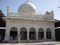 Darbar-E-Aliya Ghousia, Mehria Golra Sharif (1) (Naseeruddinnaseer.co.uk) Tags: golrasharif darbarealiya golrivi golra pir meher ali shah