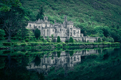 Kylemore Abbey (fuerst) Tags: travel ireland lake reflection tree galway forest see irland connemara wald spiegelung baum kloster kylemoreabbey reise abtei