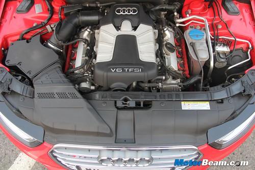 2013-Audi-S4-13