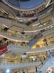 Central World escalators (eltpics) Tags: eltpics thailand centralworld bangkok shoppingcentre mall biggest escalators escalator lookingup