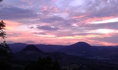 l'importanza del cielo (d a r i u s) Tags: sanleo tramonto sunset nwn
