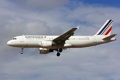 A320 F-GKXH London Heathrow 12.09.16 (jonf45 - 4 million views -Thank you) Tags: lhr london heathrow airport egll myrtle avenue airliner aircraft jet plane civil aviation airbus a320 air france a320214 fgrxh