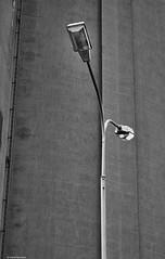 Straenlaterne (rainerneumann831) Tags: strasenlaterne blackwhite linien beton waghusel