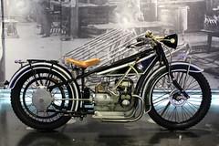 BMW R 32 (just.Luc) Tags: motorfahrrad motorcycle moto wheels wielen roues museum muse munich bmw mnchen allemagne bavire deutschland bayern duitsland beieren germany bavaria