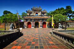 (Voyages Lambert) Tags: art religion history spirituality old cultures famousplace architecture hue vietnam tree sky door palace gate traval