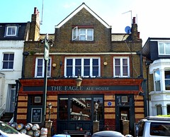 Eagle - Battersea (Draopsnai) Tags: theeagle pub traditionalbritishpub londonboozer chathamroad battersea wandsworth