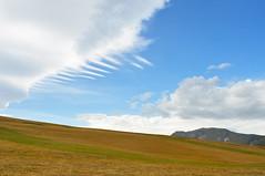 Piani di Ragnolo, Sibillini (Artom88 (Marco Taussi)) Tags: sky italy green clouds landscape italia marche paesaggio sibillini nikond90