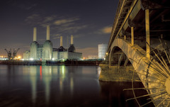 Battersea Power Station (Subversive Photography) Tags: longexposure bridge light reflection london beautiful thames night clouds river lights spike tones battersea subversive riverthames hdr batterseapowerstation chelseabridge danielbarter