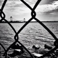Set the stage (Nikos Vosniadis) Tags: newyorkcity bridge blackandwhite bw newyork square bronx squareformat whitestonebridge iphoneography instagramapp uploaded:by=instagram