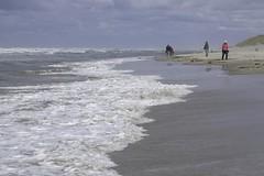 Texel (TIF Fotografie) Tags: water strand waddenzee nederland wolken zee duinen texel weer golven decocksdorp ingridfotografie