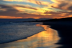 wh1 (Darren-) Tags: ocean sunset usa newyork color beach water beautiful beauty clouds fun hamptons dea bestcapturesaoi blinkagain bestofblinkwinners nikond5100