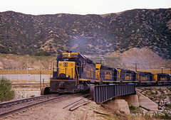 A Morning on Cajon - 1 (GRNDMND) Tags: california santafe pass trains cajon sd45 emd atsf sd40 sd24 rsd15