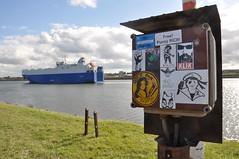 Small combo (Vinylone AFS + NO trades) Tags: streetart stickerart stickers smallcombo