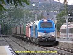 idn1391 (ribot85) Tags: train tren trenes trains railways escorial 335 mercante mercancias comsa 4000 tramesa 335001