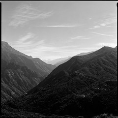 Kings Canyon N.P. (jgatts) Tags: kingscanyonnationalpark fujiacros100 bronicasqa
