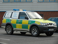 National Ambulance Service 2000 Nissan Terrano Wilker RV 00W4812 (Shane Casey CK25) Tags: city station 2000 nissan ambulance health national vehicle service rv flashing emergency executive rapid emt waterford nas bluelight terrano hse medial responce wilker 00w4812