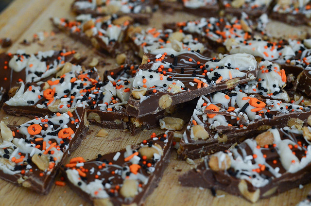Pumpkin Spice Chocolate Bark-091.jpg