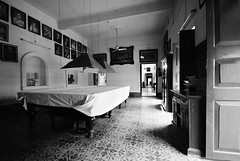 billiard room (S.R.C) Tags: pictures india house frames nikon doors shades d200 billiard kolkata westbengal statelyhomes chitpur ghoshbari heritageshouse