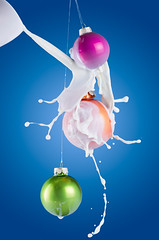 White Christmas . (daitoZen) Tags: christmas xmas light white color ball studio advertising idea three milk still action ad decoration creative ornament splash 90mm bauble catchy strobist imgp2190 onsalegi flickropen