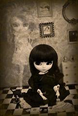 Happy Halloween!! (♪♫ Z u R i ♫♪) Tags: anime halloween outfit shoes doll cabinet dal jp wig mycats mohair tarot groove pullip rement luts aliceinwonderland ouija puki rozenmaiden fanatica obitsu junplanning rewigged barasuishou stica crobidoll pullipbarasuishou bloodyredhood odekakeshoesbags pullipfanaticaregenerationseries