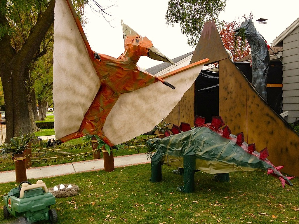 Dinosaur Lawn Decorations The Worlds Newest Photos Of Decorations And Jeep Flickr Hive Mind