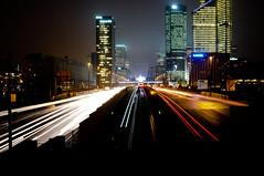 Dfense en ligne (M.Pat) Tags: paris by night la towers tours dfense longexosure buikdings poselongue