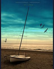 - o t t o b r e - (swaily  Claudio Parente) Tags: sea nikon mare barche dreams abruzzo d300 nikond300 swaily bestcapturesaoi