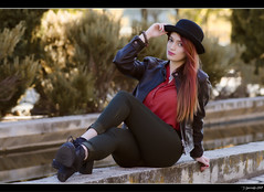 Irene Ballesteros - 3/5 (Pogdorica) Tags: modelo sesion retrato posado arganzuela pelirroja sombrero chica sexy